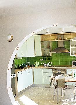 Проем в кухню